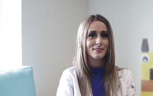 Dra. Priscila Benavides, radióloga de la Clínica de Mama